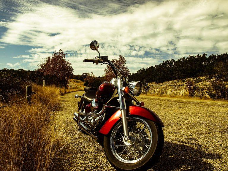 lainaa moottoripyörään